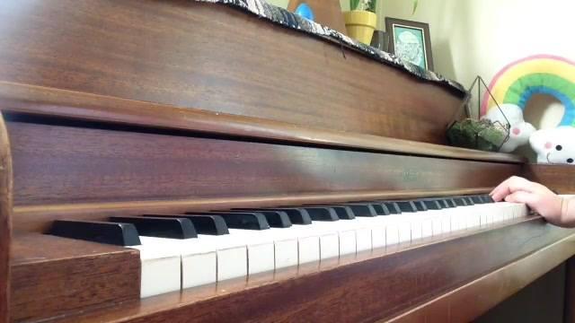 piano video screenshot